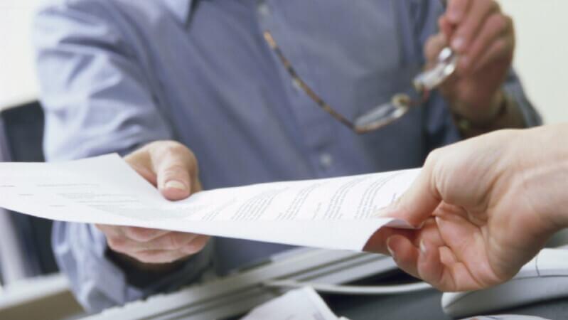 Содержание и образец заявления на выдачу свидетельства