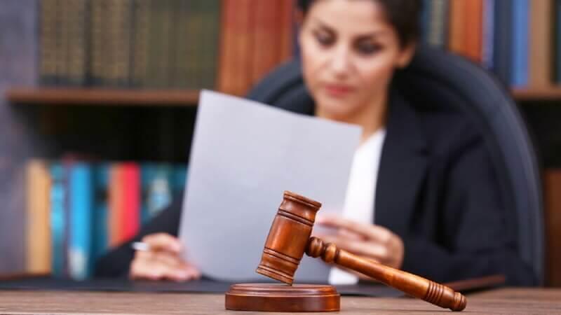 Кто имеет право открыть дело