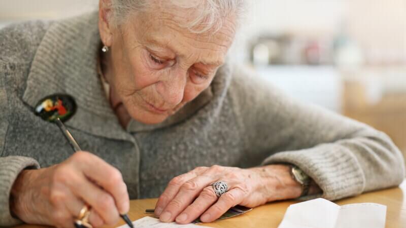 Могут ли внуки претендовать на часть имущества бабушки или дедушки